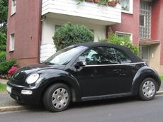 VW New Beetle.JPG